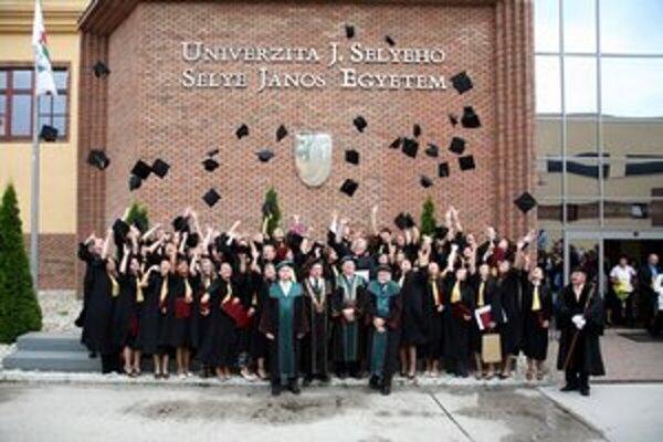 Univerzita J. Selyeho v Komárne