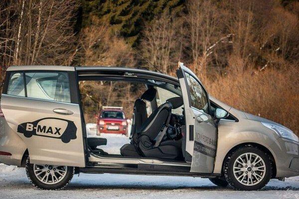 Časy sa menia a iný je aj prístup k stavbe užitočného malého auta. Fusion ostane vo svojej jednoduchosti neprekonaný avšak jazda s B-MAXom je už z iného súdka.
