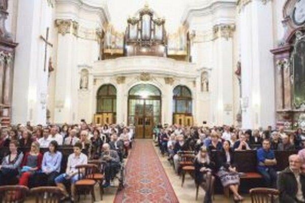 Festival sa bude aj tento rok konať striedavo v piaristickom Kostole sv. Ladislava a Evanjelickom Kostole Svätého Ducha.