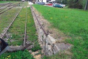 Pozemok v Tatranskej Lomnici. Vyvolávacia cena 405-tisíc eur.