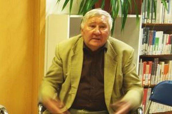 Miroslav Pius píše knihu o nemčinianskych postavičkách.
