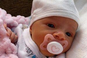 Tamara Ivana Obertová (2600 g a 48 cm) sa narodila 14. septembra o 12.45 hodine rodičom Ivane a Michalovi zo Sľažian.