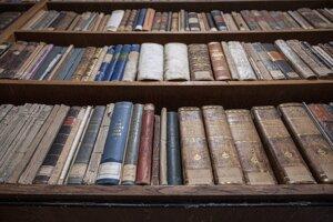 Fond lyceálnej knižnice v Kežmarku obsahuje 150 000 vzácnych titulov.