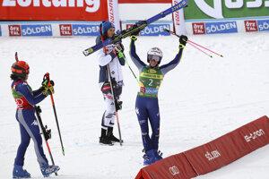 Marta Bassinová sa teší z víťazstva.