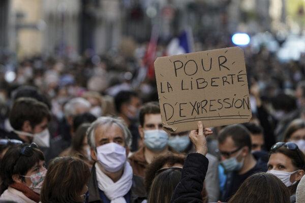 Demonštrácia za slobodu prejavu.