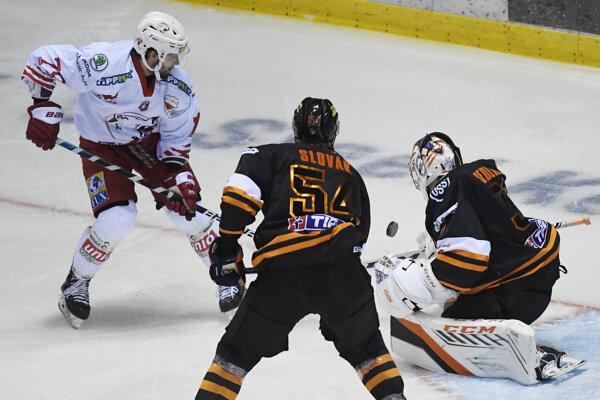 Brankár Jakub Sedláček pomohol Košiciam k víťazstvu 4:1 nad Miškovcom.