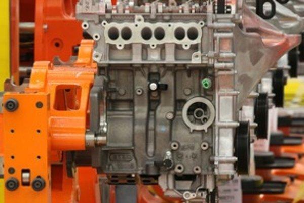 Kde sa dá ušetriť voda pri výrobe motora? Napríklad pri obmedzení množstva chladiacej kvapaliny pri výrobe hliníkových častí motora z dvoch litrov na päť mililitrov. Spomenutý nový motor už v krátkom čase otestujeme.