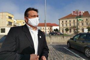 Primátor Michal Kapusta, nie je spokojný so súčasne nastaveným systémom.