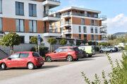 Mesto predalo pozemky na verejné parkovacie miesta. Od developera ich získali po 3-tisíc eur s DPH majitelia bytov.