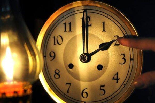 O tretej v noci sa čas vráti o hodinu späť.