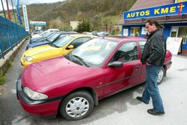 Brusel chce zjednodušiť aj pravidlá pri nákupe ojazdeného auta v inom členskom štáte únie.