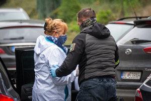 Polícia pri akcii Víchrica predviedla viacero sudcov, medzi nimi aj bývalú podpredsedníčku Najvyššieho súdu Jarmilu Urbancovú.