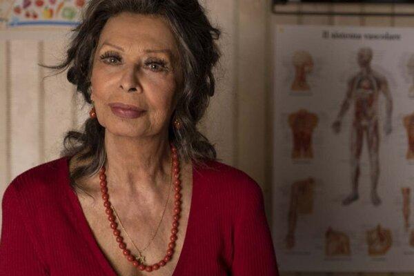 Sophia Loren má osemdesiatšesť rokov.