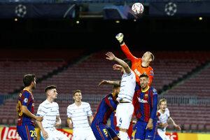 Momentka zo zápasu Barcelona - Dynamo Kyjev.