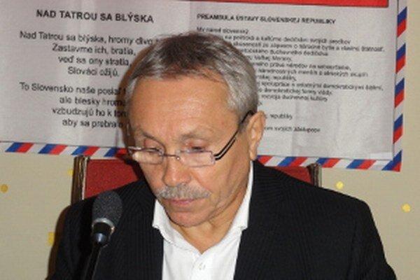 Dušan Guťan nemá problém dohadzovať zákazky bez verejného obstarávania či zmluvy.