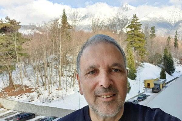 Izraelský veľvyslanec Boaz Modai na výlete v Tatrách.
