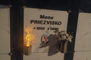 Nový urnový háj na cintoríne v Nových Zámkoch.