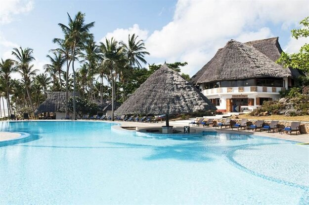 Karafuu Beach Resort & Spa 4*