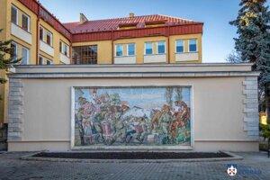 Mozaika Vítanie Sovietskej armády bola odhalená v Poprade 9. mája 1957.