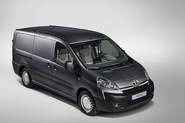 Úžitková Toyota ProAce bude dostupná od apríla 2013.