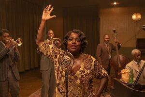 Viola Davis ako bluesová speváčka Ma Rainey vo filme Ma Rainey's Black Bottom.