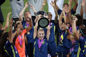 Ženský tím Olympique Lyon po víťazstve vo finále futbalovej Ligy majstrov žien.
