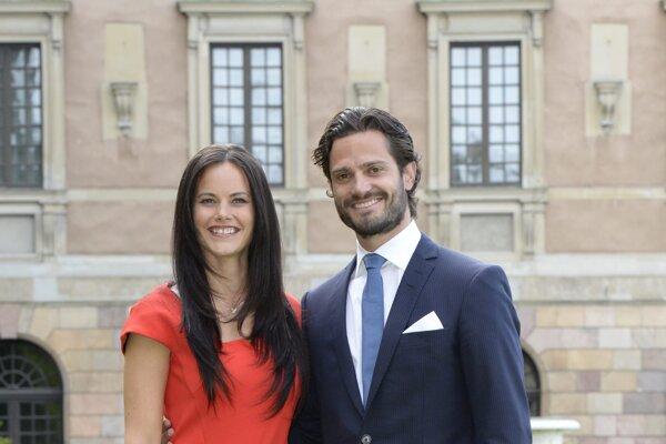 Švédsky princ Carl Philip so svojou manželkou princeznou Sofiou.