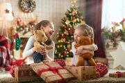 Odborníci na financie radia – ak je to možné – nepožičiavať si na kúpu vianočných darčekov.