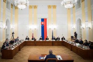 Ústavnoprávny výbor vypočúva kandidátov na generálneho prokurátora.
