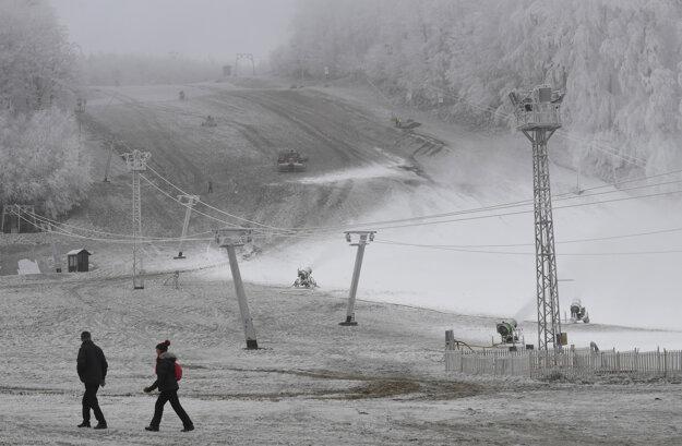 Lyžiarske stredisko Jahodná pri Košiciach.