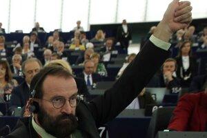 Europoslanec József Szájer z maďarskej vládnej strany Fidesz.