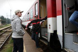 Čistenie a údržba vlakov budú v Nových Zámkoch prebiehať v špeciálnom stredisku.