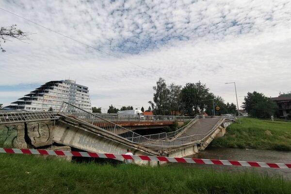 Koncom júla na Starosaskej ulici spadol most.