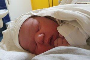 Romana Papierniková (4010 g, 53 cm) sa narodila 7. decembra Jane a Romanovi z Horného Srnia.