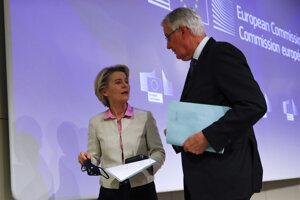 Predsedníčka Európskej komisie Ursula von der Leyenová a hlavný únijný vyjednávač Michel Barnier.