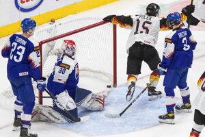 Momentka zo zápasu Slovensko - Nemecko, MS v hokeji do 20 rokov 2021.