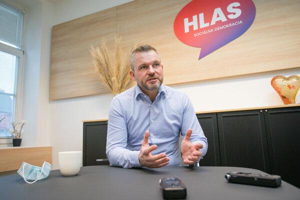 Predseda strany Hlas-SD Peter Pellegrini počas rozhovoru pre spravodajskú agentúru SITA.