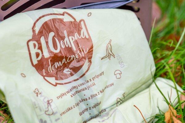 Kompostovateľné vrecka určené pre košíky na bioodpad.