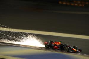 Max Verstappen na monoposte Red Bull na podujatí Veľká cena Bahrajnu F1 2020.