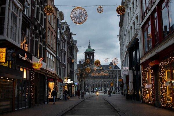 Zatvorené obchody v Amsterdame.