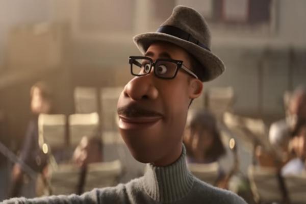 Džezového muzikanta v animovanom filme Soul (Duša) nahovoril v origináli Jamie Foxx.