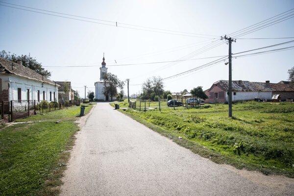 Obec Radnovce.