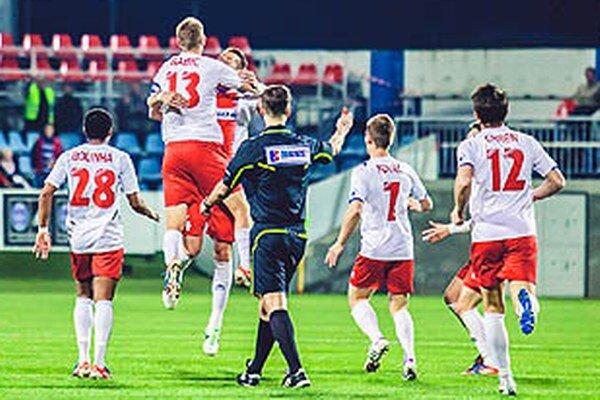 Martin Babic sa tešil z výstavného gólu v sieti Ružomberka.