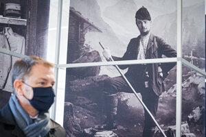 Matovič počas prehliadky stálej expozície observatória vo francúzskom Meudone, kde pôsobil generál Milan Rastislav Štefánik