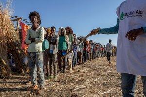 Etiópski utečenci v tábore.
