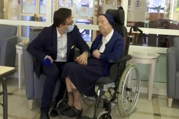 Sestra André, občianskym menom Lucile Randonová, je najstaršou osobou v Európe.