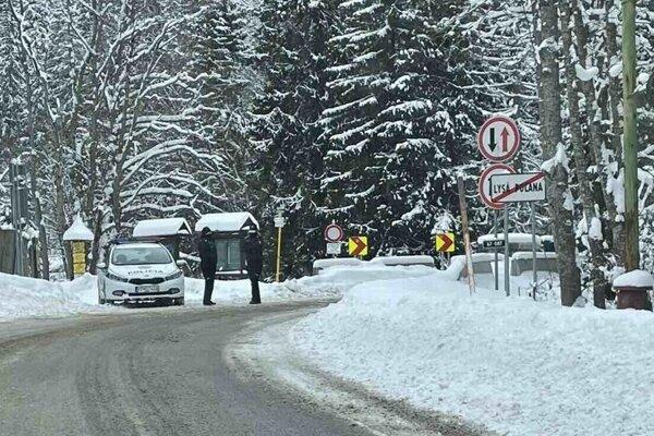 Hraničný priechod do Poľska Lysá Poľana je uzavretý.