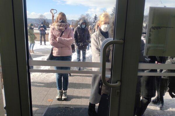 Učiteľov očkovali na východe počas uplynulého víkendu v Košiciach a v Prešove.