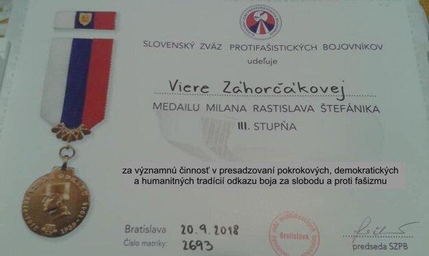 Medaila pre Vieru Záhorčákovú.