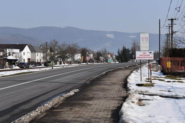V Belej nad Cirochou bolo na rokovaní obecného zastupiteľstva rušno.
